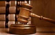 Strona dochodząca roszczeń alimentacyjnych jest zwolniona od kosztów sądowych i może zgłosić wniosek o ustanowienie dla niej adwokata.